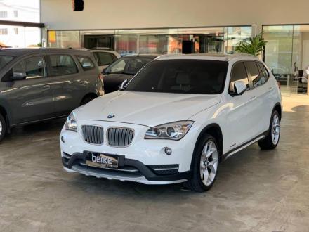 BMW X1 SDRIVE X- Line 20i 2.0 TB Acti.Flex Aut.