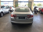 XF 3.0 V6 luxury 24V 240cv Aut.
